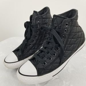 Converse Quited black Mens 7 Womens 9